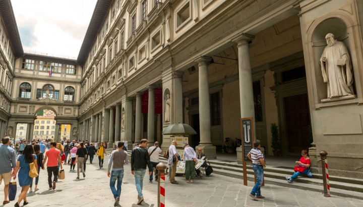 Private Tour of Uffizi Gallery and Holy Cross Church