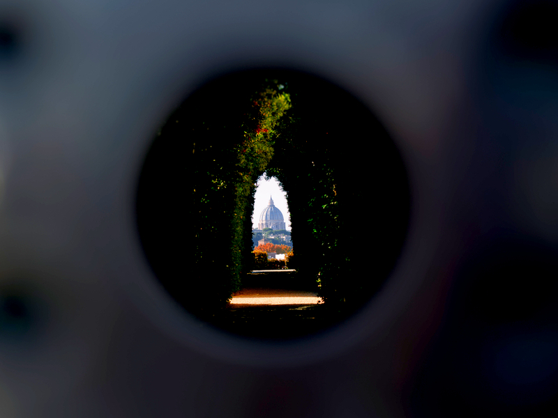 The Magic Keyhole, Rome