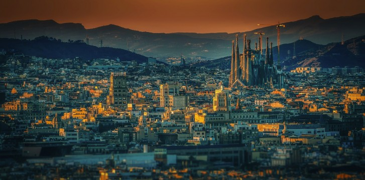 Discover the dark Barcelona through the eyes of Carlos Ruiz Zafón