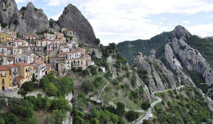 Discover Castelmezzano and experience